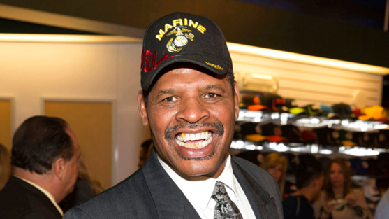 Leon Spinks, Former World Heavyweight Boxing Champion Dies at 67