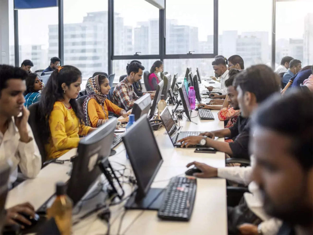 Indian Service Sector Remained Strong in September, Increasing Hiring